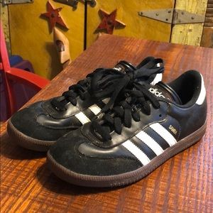 Adidas Samba Boys 5 Indoor Soccer Sneakers